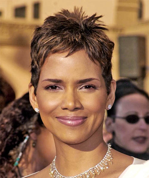 Halle Berry Short Straight Hairstyle (Chocolate)