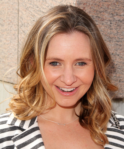 Beverley Mitchell Hairstyles in 2018