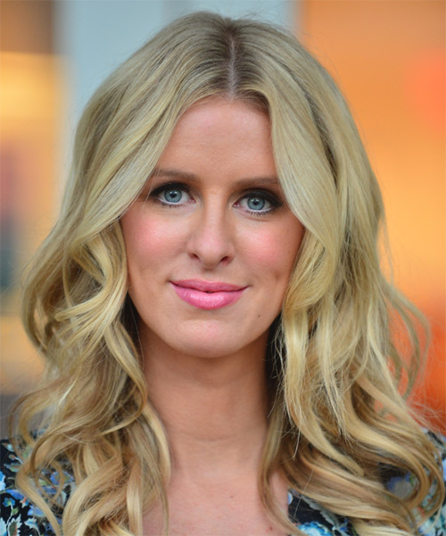 Nicky Hilton Long Wavy Casual Hairstyle - Light Blonde