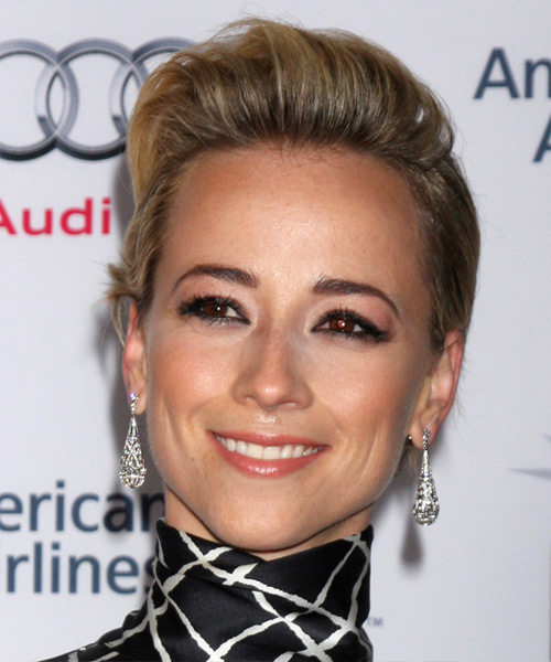 Karine Vanasse Short Straight Casual Hairstyle - Dark Blonde Hair Color
