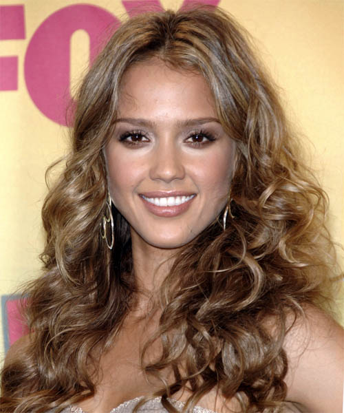 Jessica Alba - Casual Long Curly Hairstyle