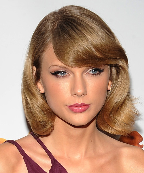 Taylor Swift Medium Straight Formal Hairstyle with Side Swept Bangs - Dark Blonde Hair Color