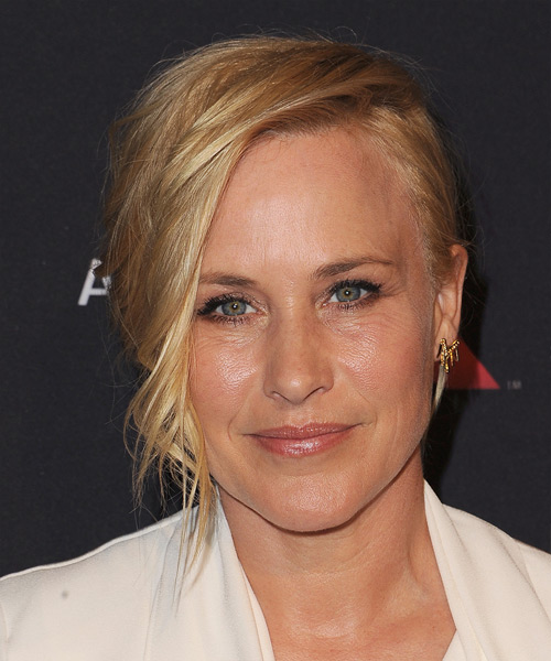 Patricia Arquette Short Wavy Formal Hairstyle - Medium Blonde (Golden) Hair Color