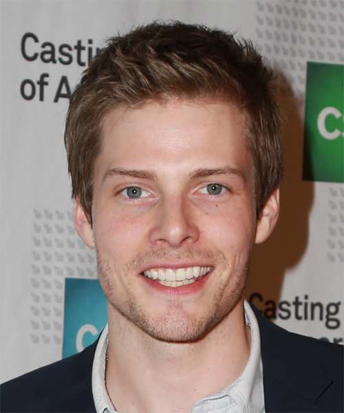 Hunter Parrish Short Straight Casual  - Medium Brunette