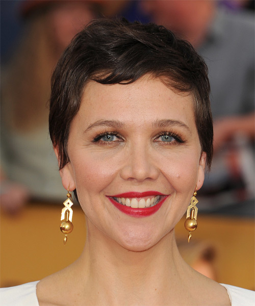 Maggie Gyllenhaal Short Straight Casual Hairstyle with Side Swept Bangs (Mocha)