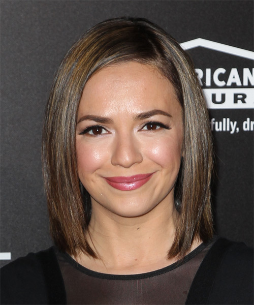 Vanessa Martinez Medium Straight Casual Bob Hairstyle - Medium Brunette Hair Color