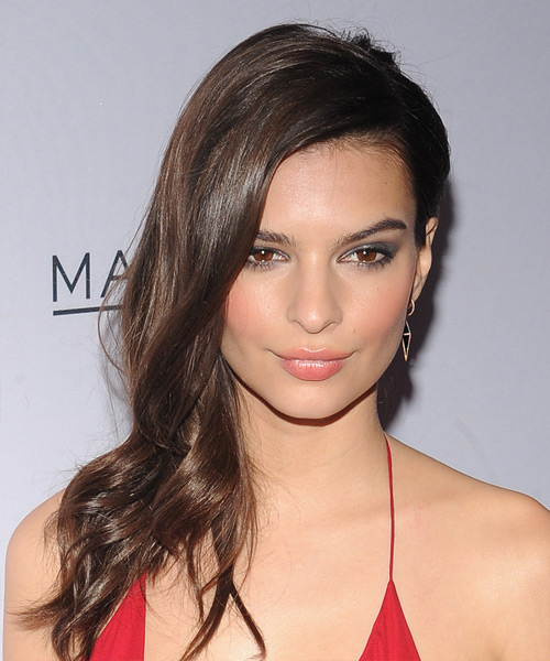 Emily Ratajkowski Long Wavy Casual Hairstyle (Chocolate)