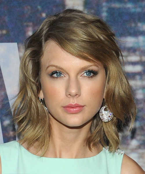 Taylor Swift Medium Straight Casual Hairstyle - Medium Blonde (Ash)