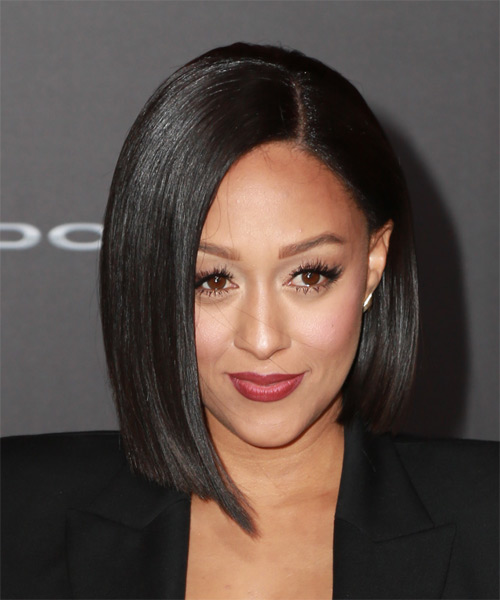 Tia Mowry Medium Straight Bob Hairstyle.