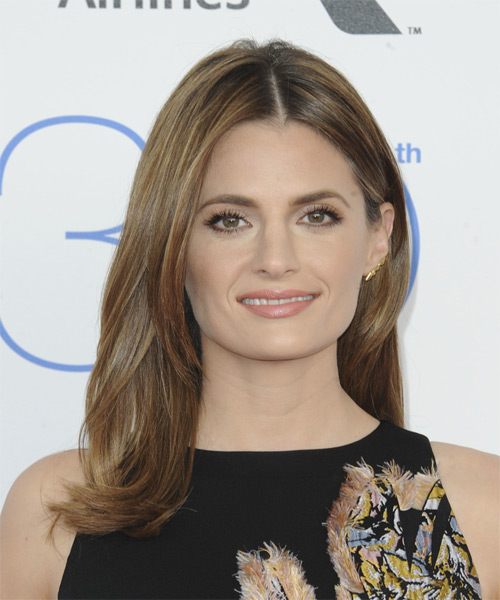 Stana Katic Long Straight Hairstyle for Square Face Shapes.