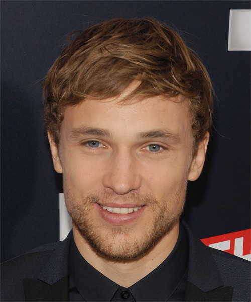William Moseley Short Straight Casual  - Light Brunette