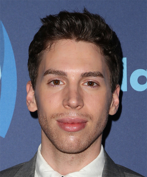 Jordan Gavaris Short Straight Casual  - Dark Brunette