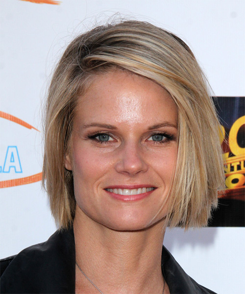 Joelle Carter Medium Straight Casual Hairstyle - Medium Blonde Hair Color