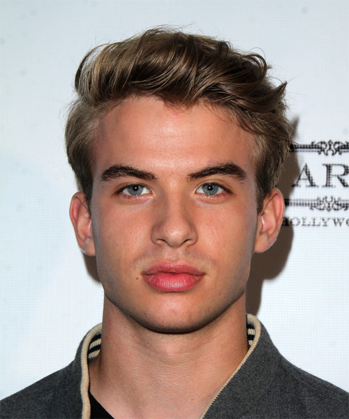 Aaron Rhodes Short Straight Casual Hairstyle - Dark Blonde Hair Color