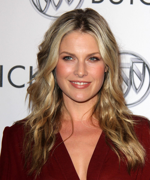 Ali Larter Long Wavy Casual
