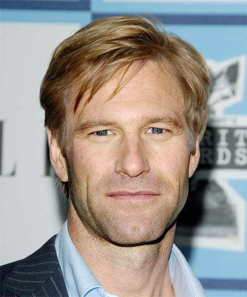 Aaron Eckhart slicked back side hair