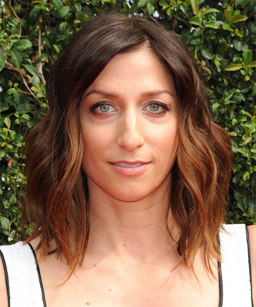 Chelsea Peretti Medium Wavy Casual Hairstyle - Medium Brunette Hair Color