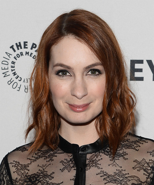 Felicia Day Medium Wavy Casual Hairstyle - Medium Red Hair Color