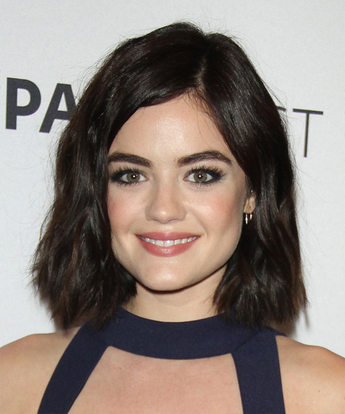 Lucy Hale Medium Wavy Casual
