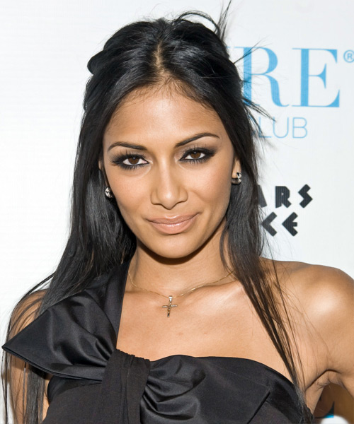 Nicole Scherzinger Long Straight Hairstyle