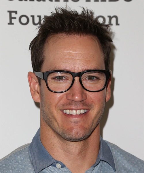 Mark Paul Gosselaar Short Straight Casual Hairstyle