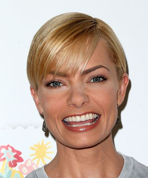 Jaime Pressly Short Straight Casual Hairstyle - Medium Blonde (Golden) Hair Color