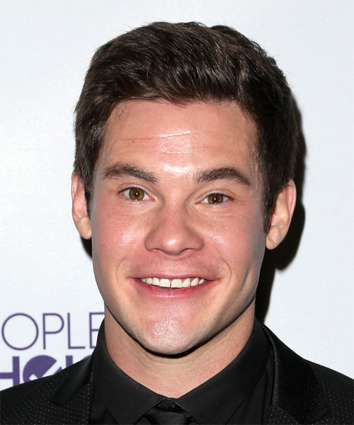 Adam DeVine Short Straight Casual Hairstyle