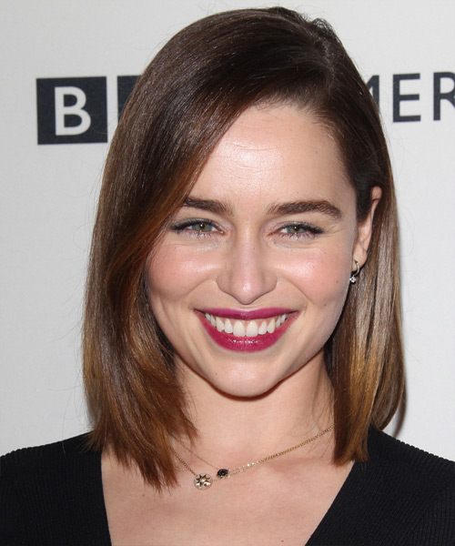 Emilia Clarke Medium Straight Casual Bob Hairstyle - Medium Brunette Hair Color
