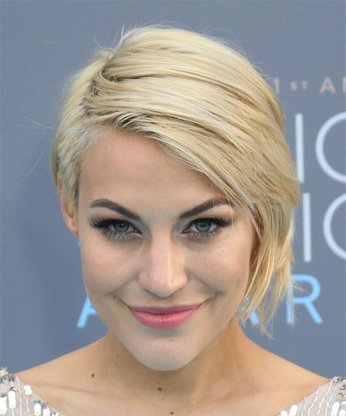 Erin Darling Short Straight Casual Hairstyle