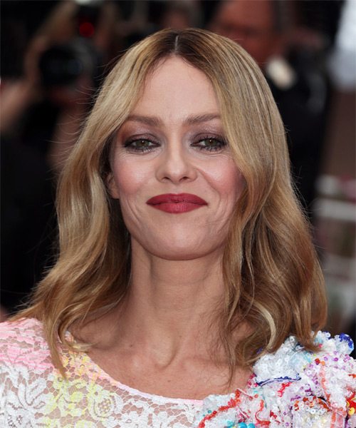 Vanessa Paradis Medium Straight Formal Bob Hairstyle - Medium Blonde (Golden) Hair Color