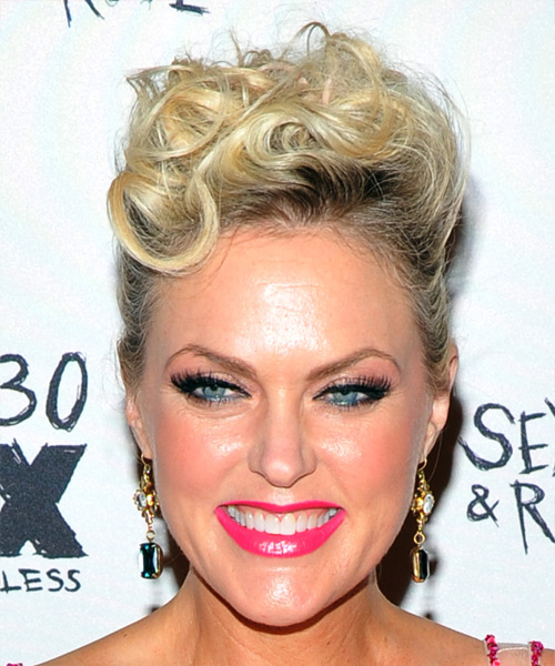 Elaine Hendrix Short Curly Casual Updo Hairstyle - Light Blonde Hair Color