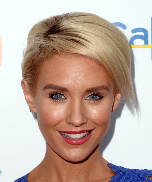 Nicky Whelan Short Straight Casual Bob Hairstyle - Light Blonde