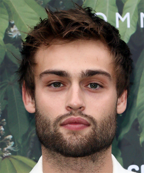 Douglas Booth Short Straight Hairstyle - Medium Brunette