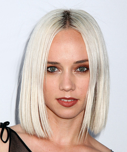 Margot Medium Straight Formal Bob