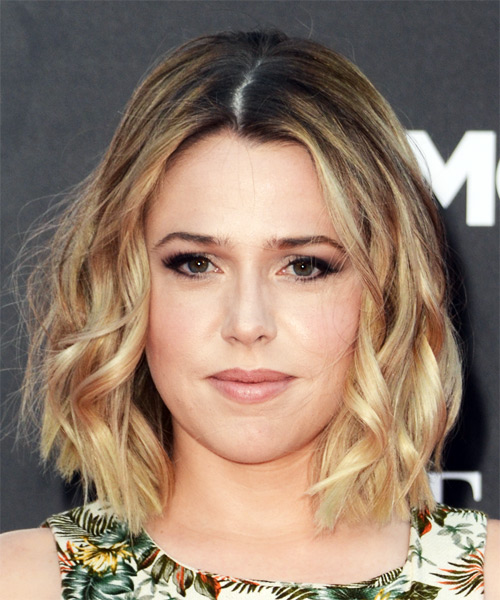 Majandra Delfino Medium Wavy Casual Bob Hairstyle - Medium Blonde Hair Color