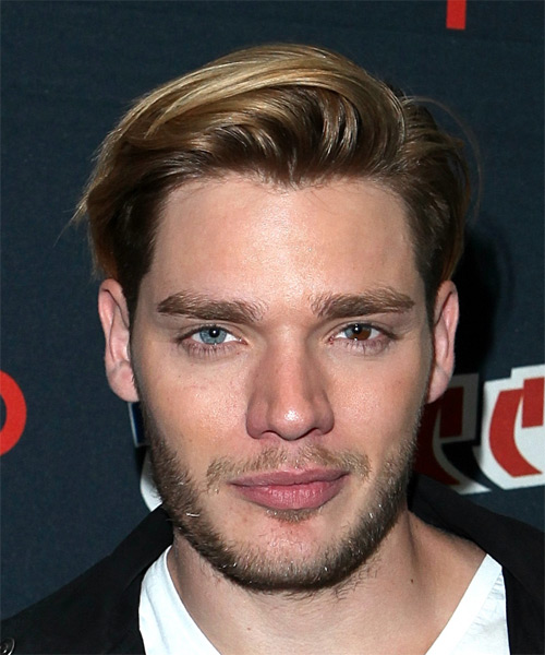 Dominic Sherwood Short Straight Casual