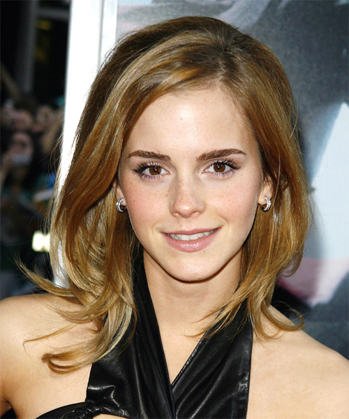 This was a fancy 'do for Emma who looked great with this wispy hairstyle.