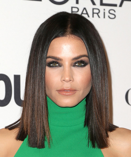 Jenna Dewan Medium Straight Bob Hairstyle - Dark Brunette
