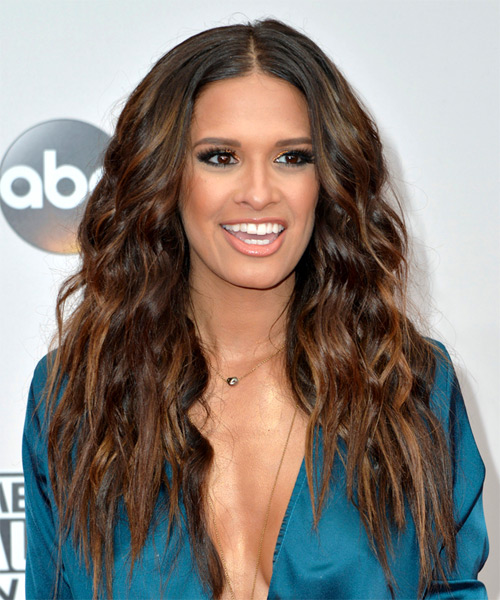 Rocsi Diaz Long Wavy Hairstyle - Medium Brunette