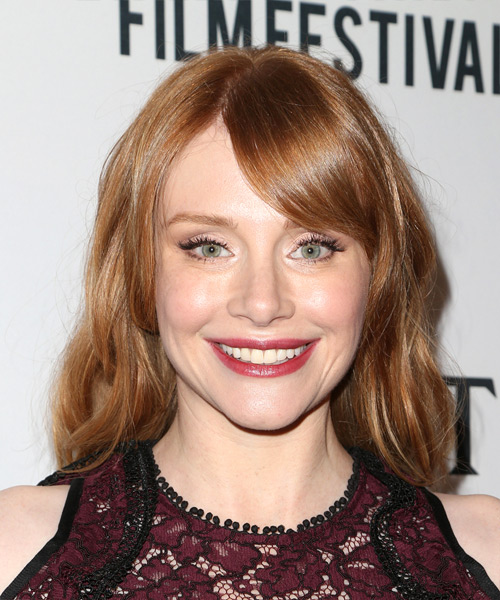 Bryce Dallas Howard Medium Wavy Casual Bob Hairstyle with Side Swept Bangs - Medium Red Hair Color