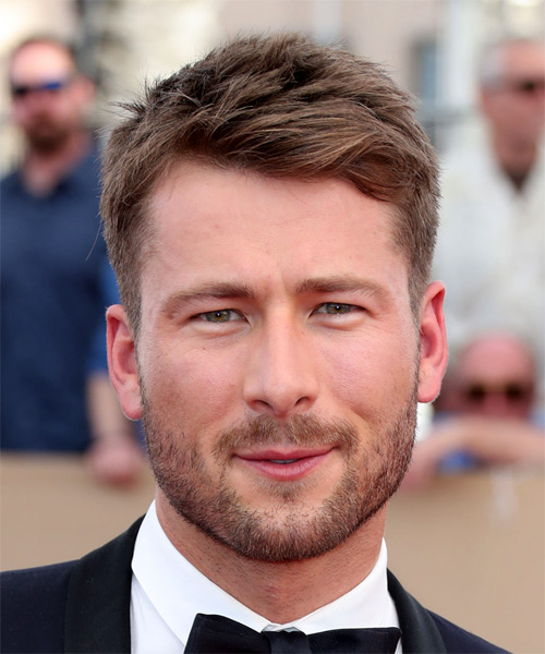Glen Powell Short Straight Hairstyle - Medium Brunette