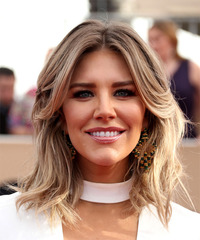 Charissa Thompson Windblown - Straight