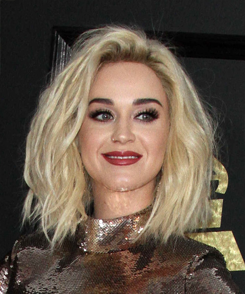 Katy Perry Medium Wavy Bob Hairstyle - Light Blonde