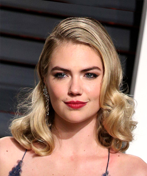 Kate Upton Medium Wavy Bob Hairstyle - Light Blonde