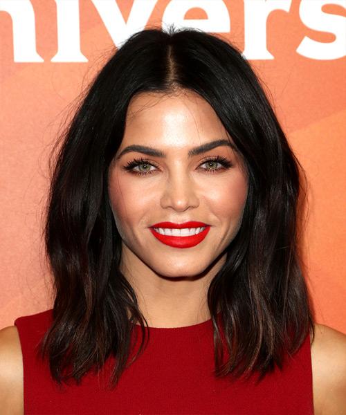 Jenna Dewan Medium Straight Casual Bob - Dark Brunette