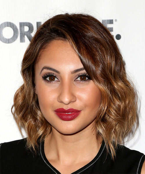 Francia Raisa Short Wavy Casual Bob Hairstyle - Medium Brunette Hair Color