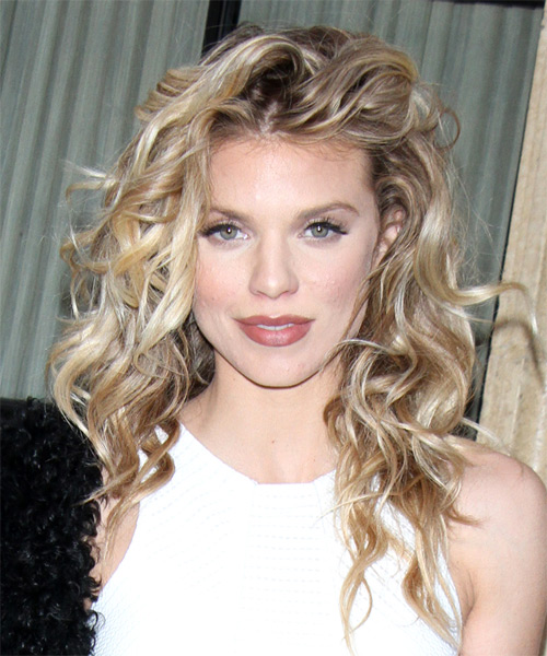 AnnaLynne McCord Long Curly Casual Hairstyle - Light Blonde (Ash) Hair Color