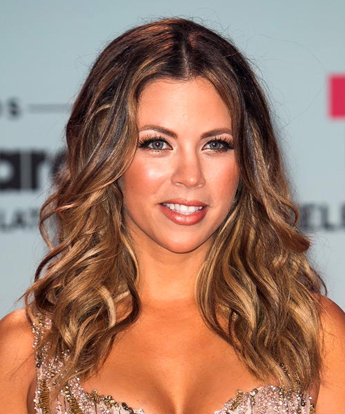 Ximena Duque Long Wavy Hairstyle - Medium Brunette