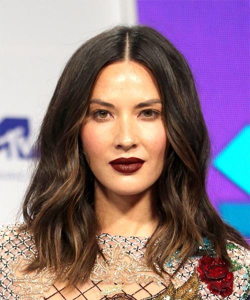 Olivia Munn Medium Straight Casual Bob Hairstyle - Dark Brunette Hair Color