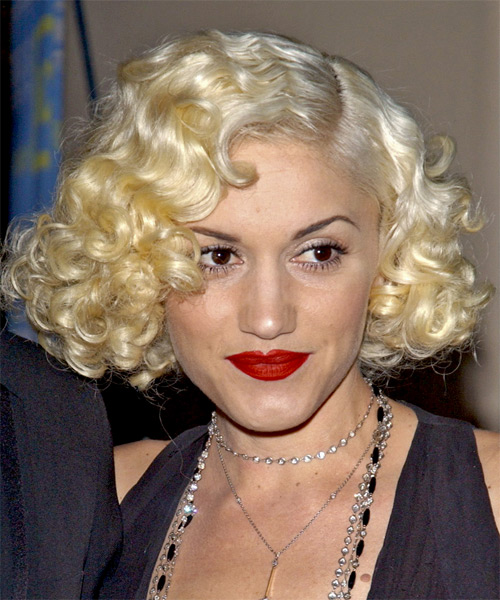 Gwen Stefani - Formal Medium Curly Hairstyle